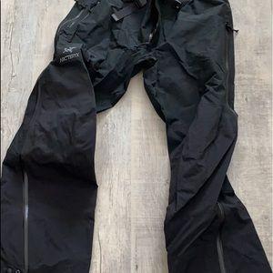 Arc'teryx XL Gortex pants